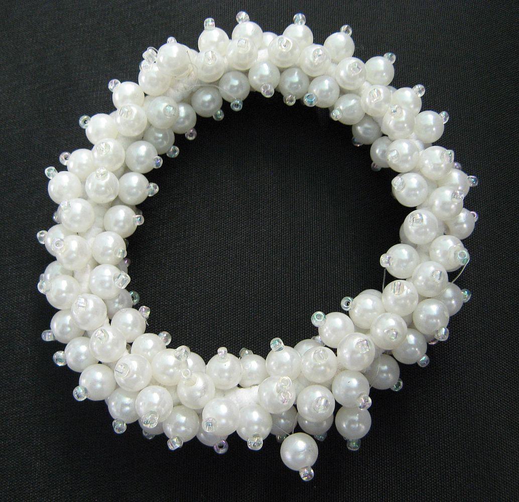 Perlen-Haarband auf Gummi